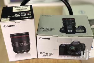 Canon EOS 5D Mark IV With 24mm-105mm LENS