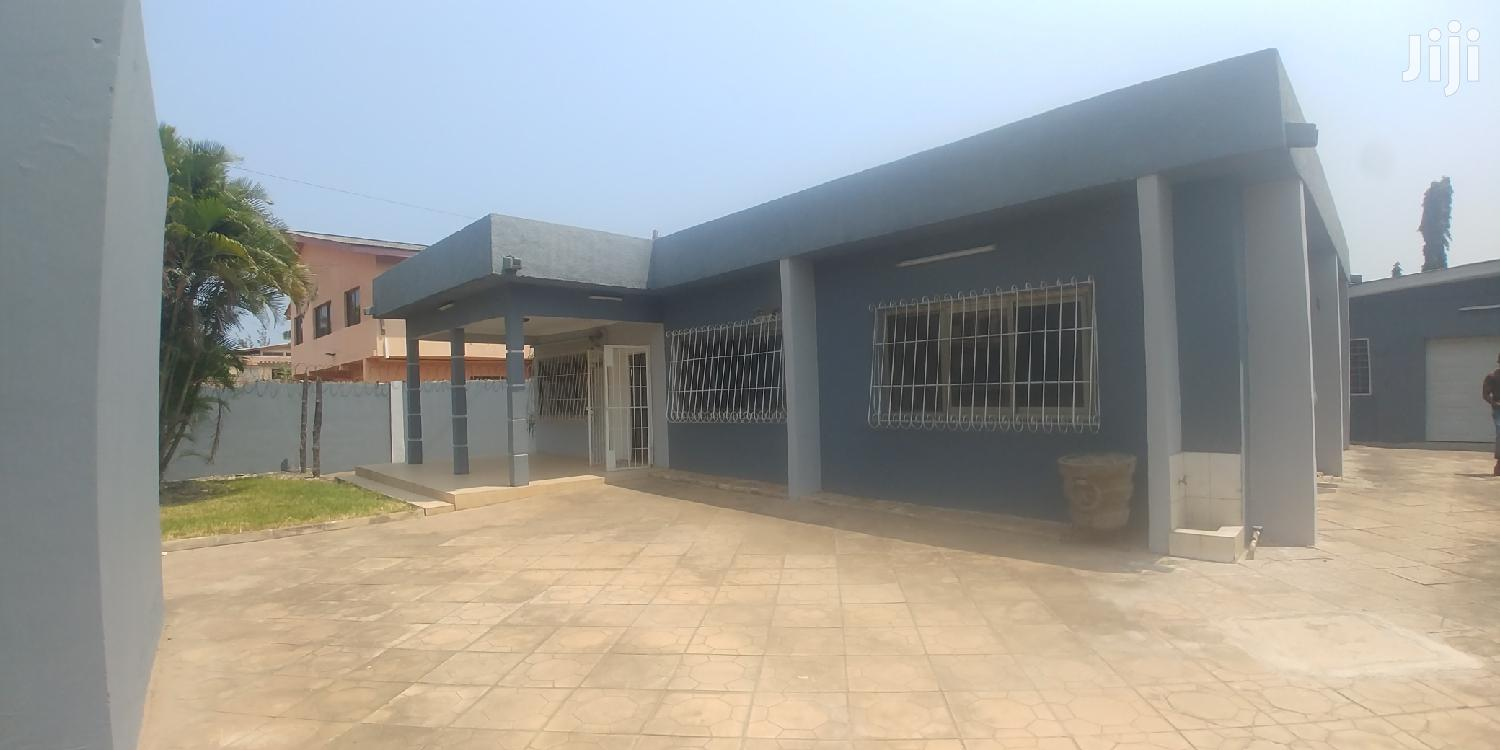 3bedrooms Self Compound for Rent,Dzorwulu.