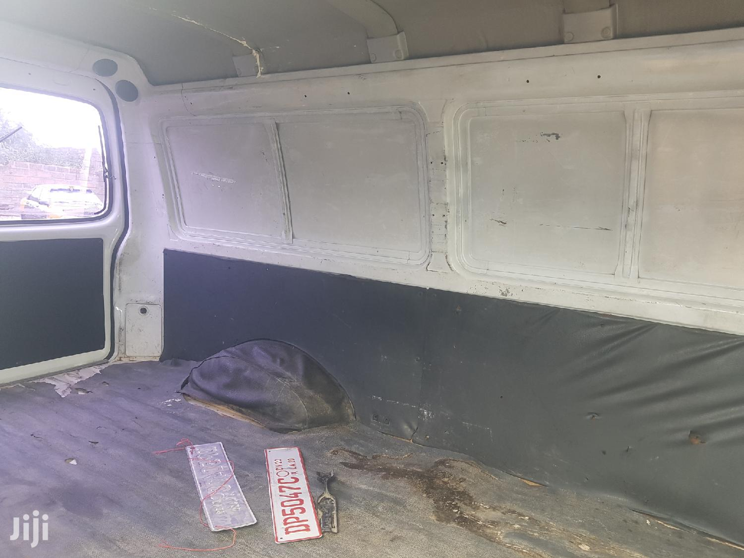 Hyundai H100 2003 White | Buses & Microbuses for sale in Abossey Okai, Greater Accra, Ghana