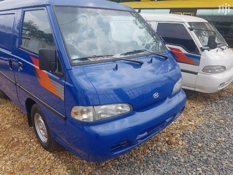 Hyundai H100 2003 Blue