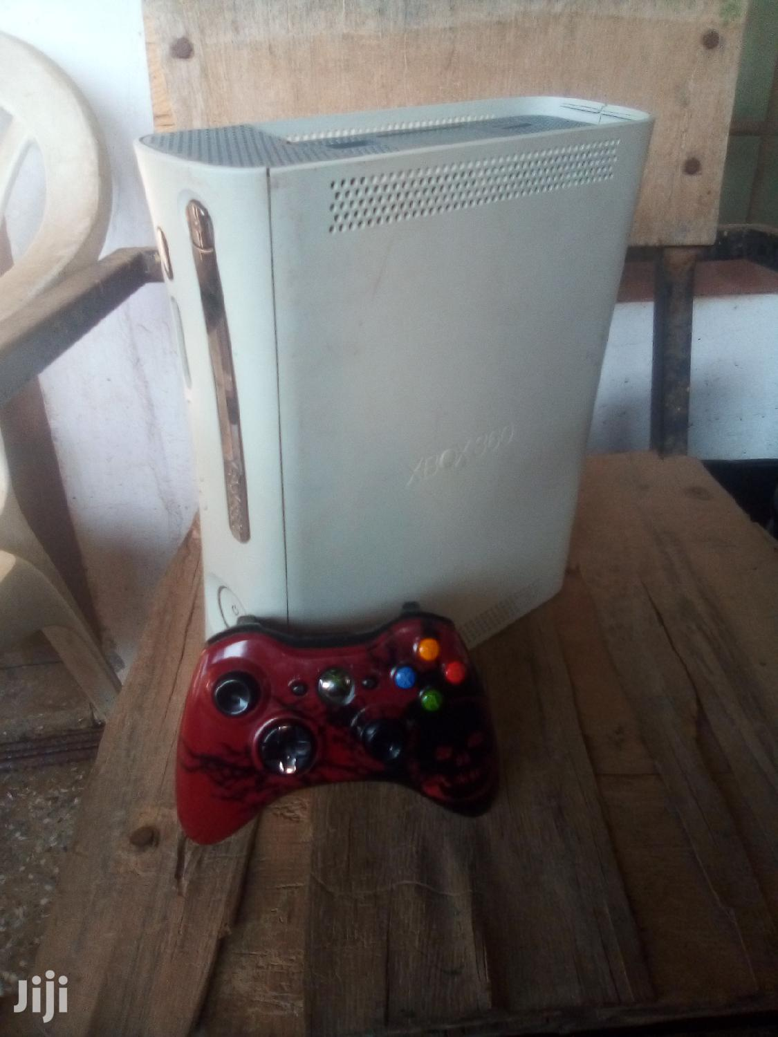 Archive: Xbox 360 With 1cd