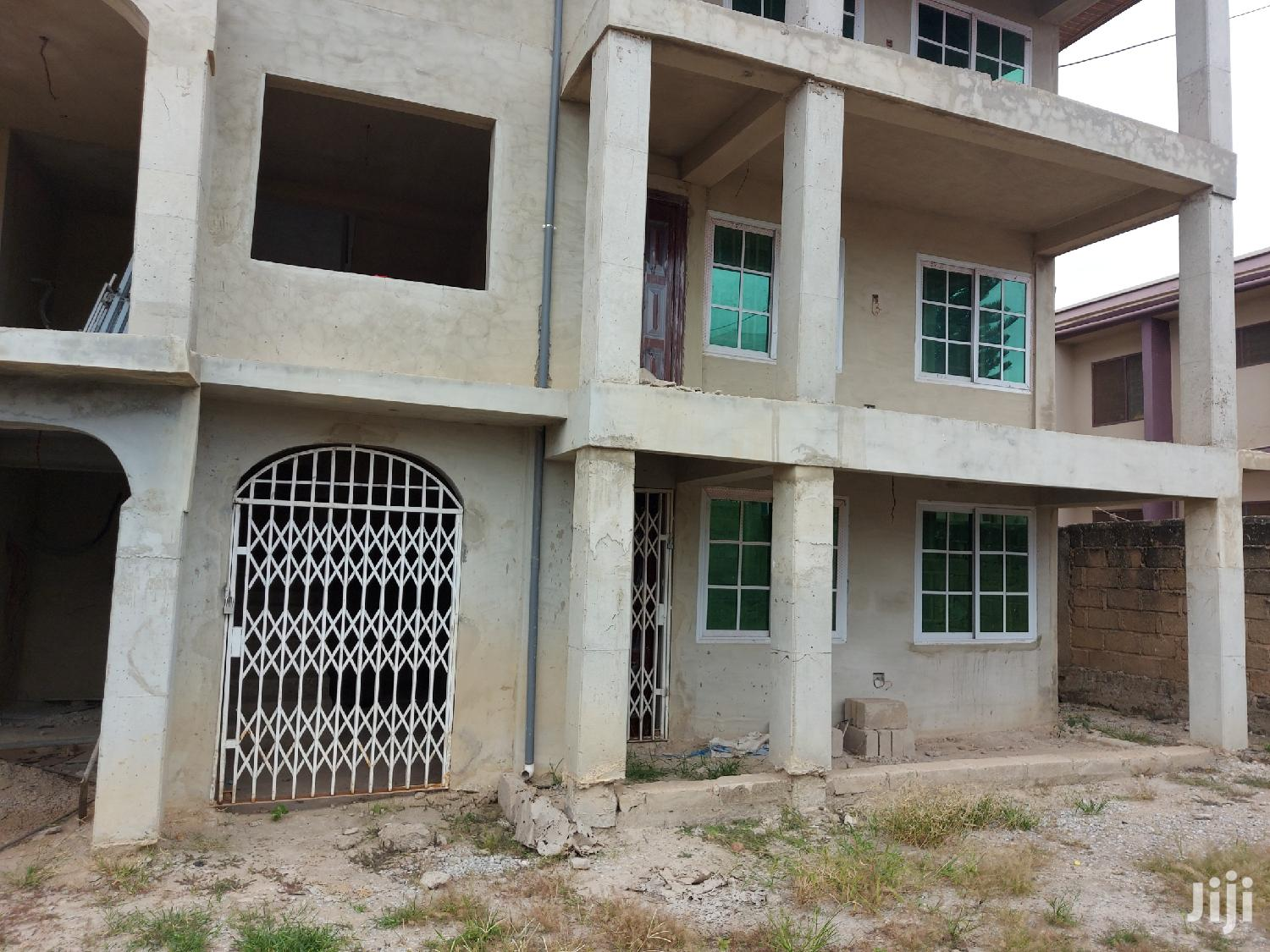 Newly Built Two Bed Room Flat At Breman For Rent