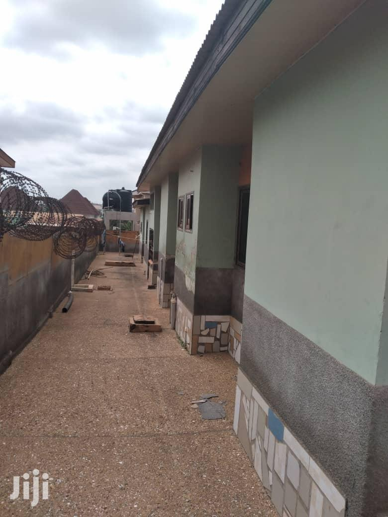 Archive: Beautiful 8 Bedrooms House For Sale,At Ahojo Kumasi