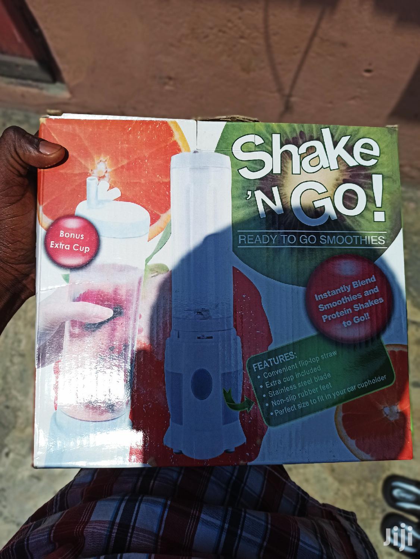 Smoothie Maker/ Juice Blender