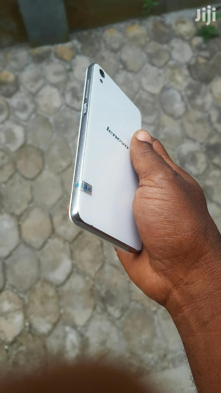 Archive: New Lenovo S850 16 GB White