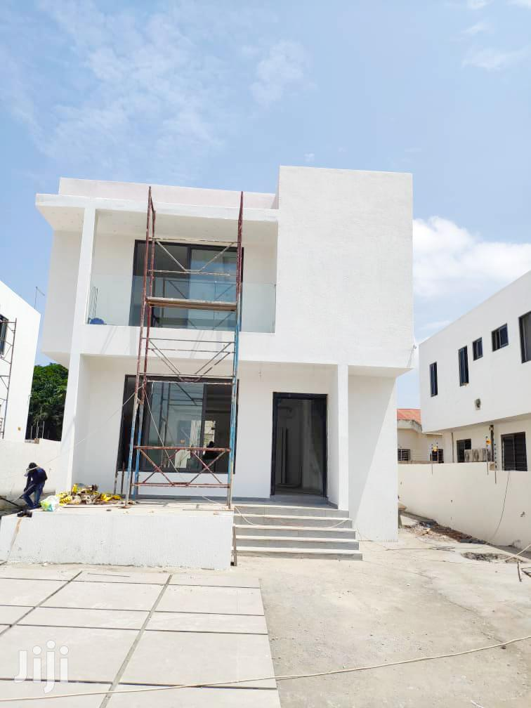 Exquisite 4bedroom House At Adjringanoor