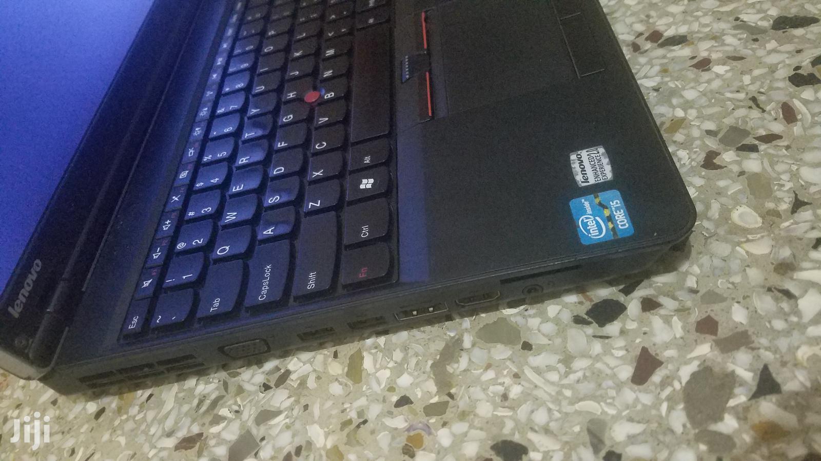 Archive: Laptop Lenovo ThinkPad Edge E520 6GB Intel Core I5 HDD 320GB