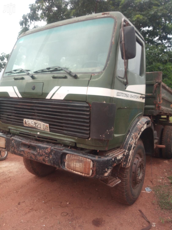 Archive: Stronge Mercedes Benz Dump Truck