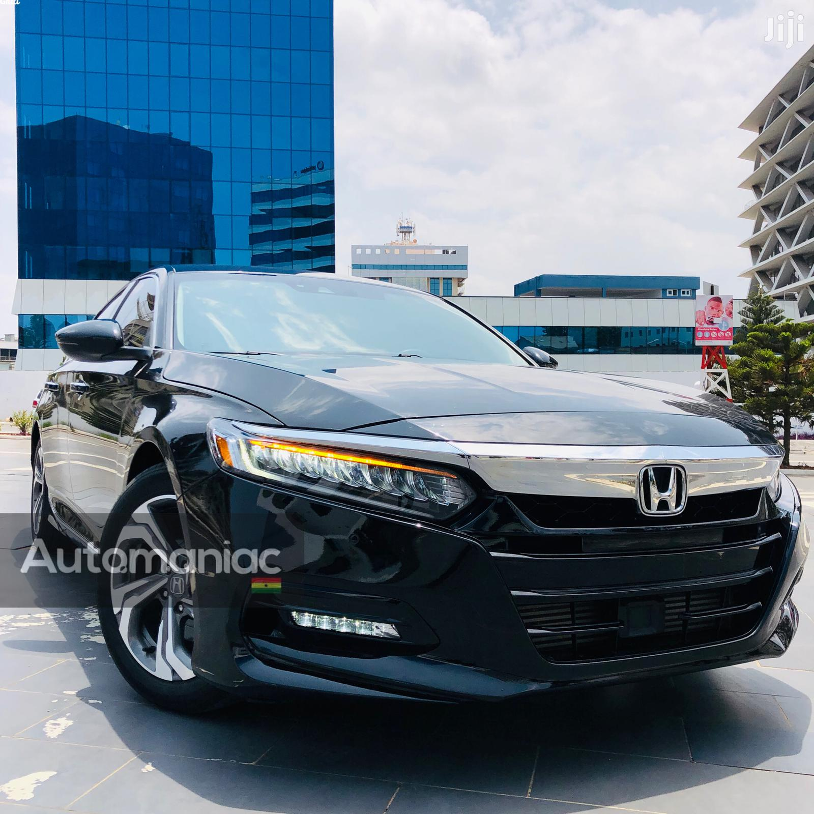 Honda Accord 2018 Touring 2.0T Black