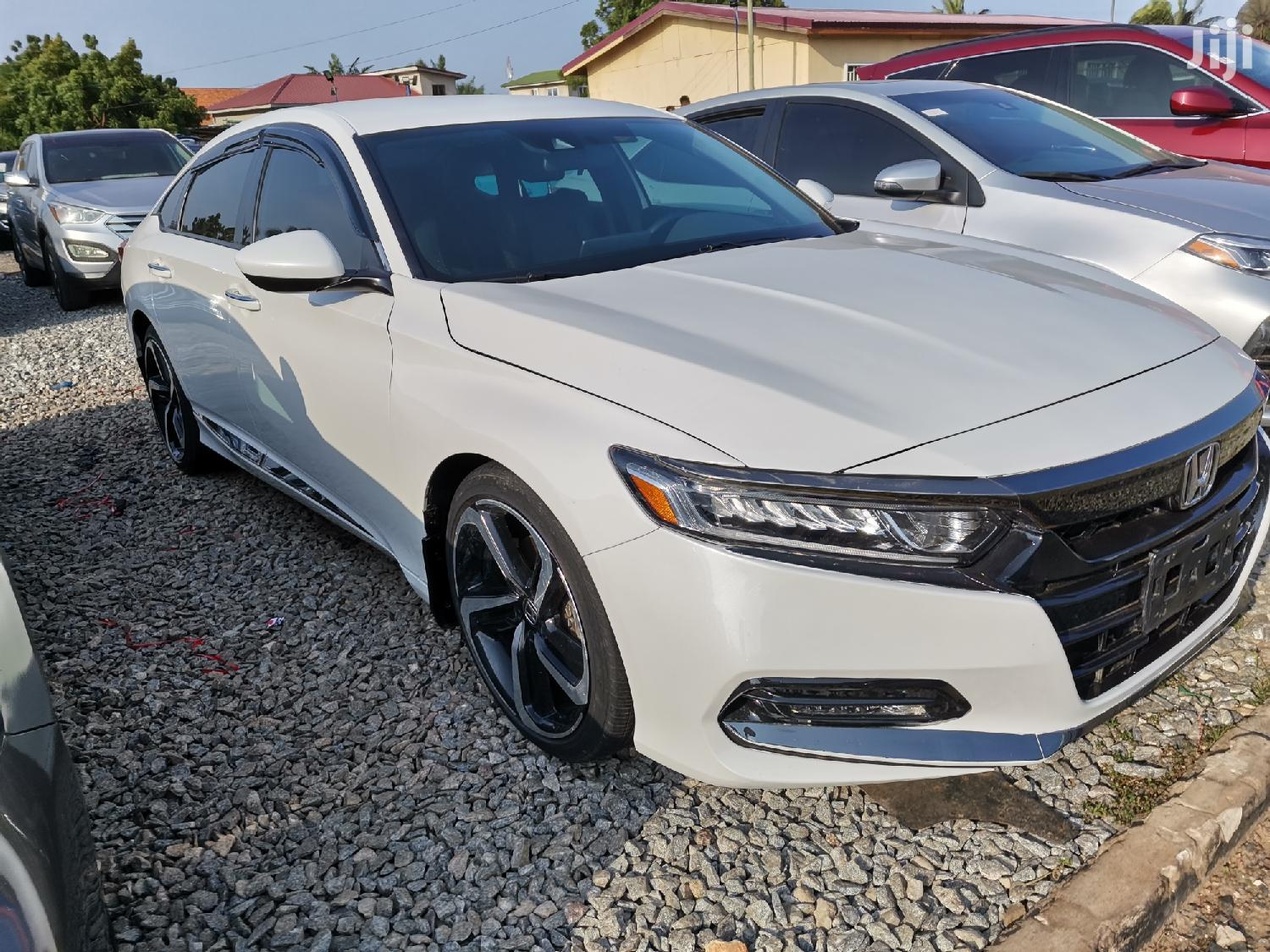 Honda Accord EX 2018 White