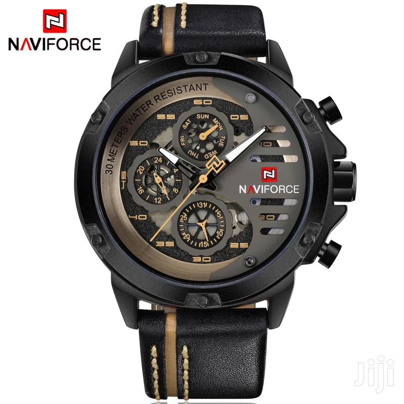 Naviforce 9110 Leather Watch