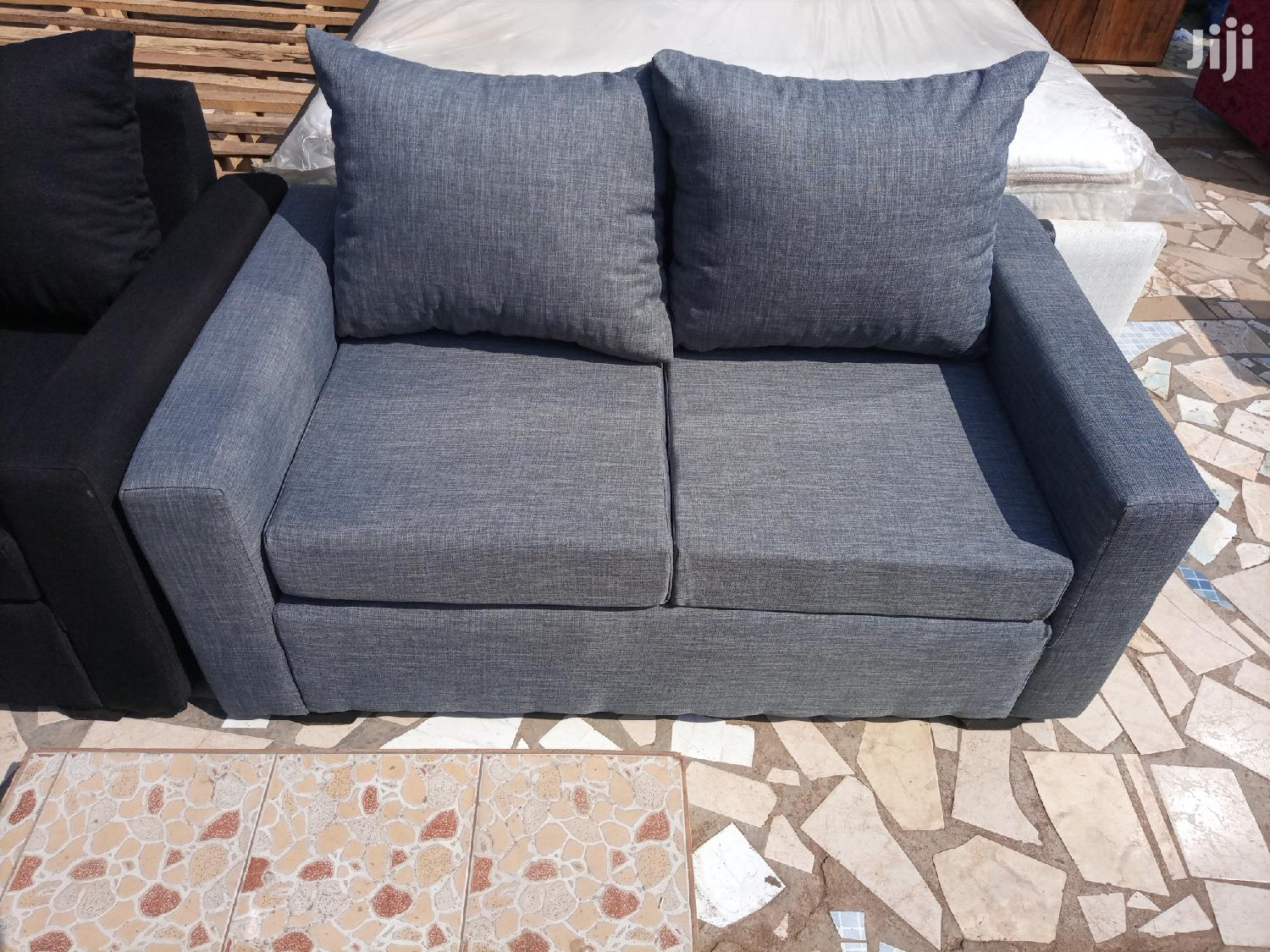 Grey Colored 2in1 Sofa Chair🖤❤