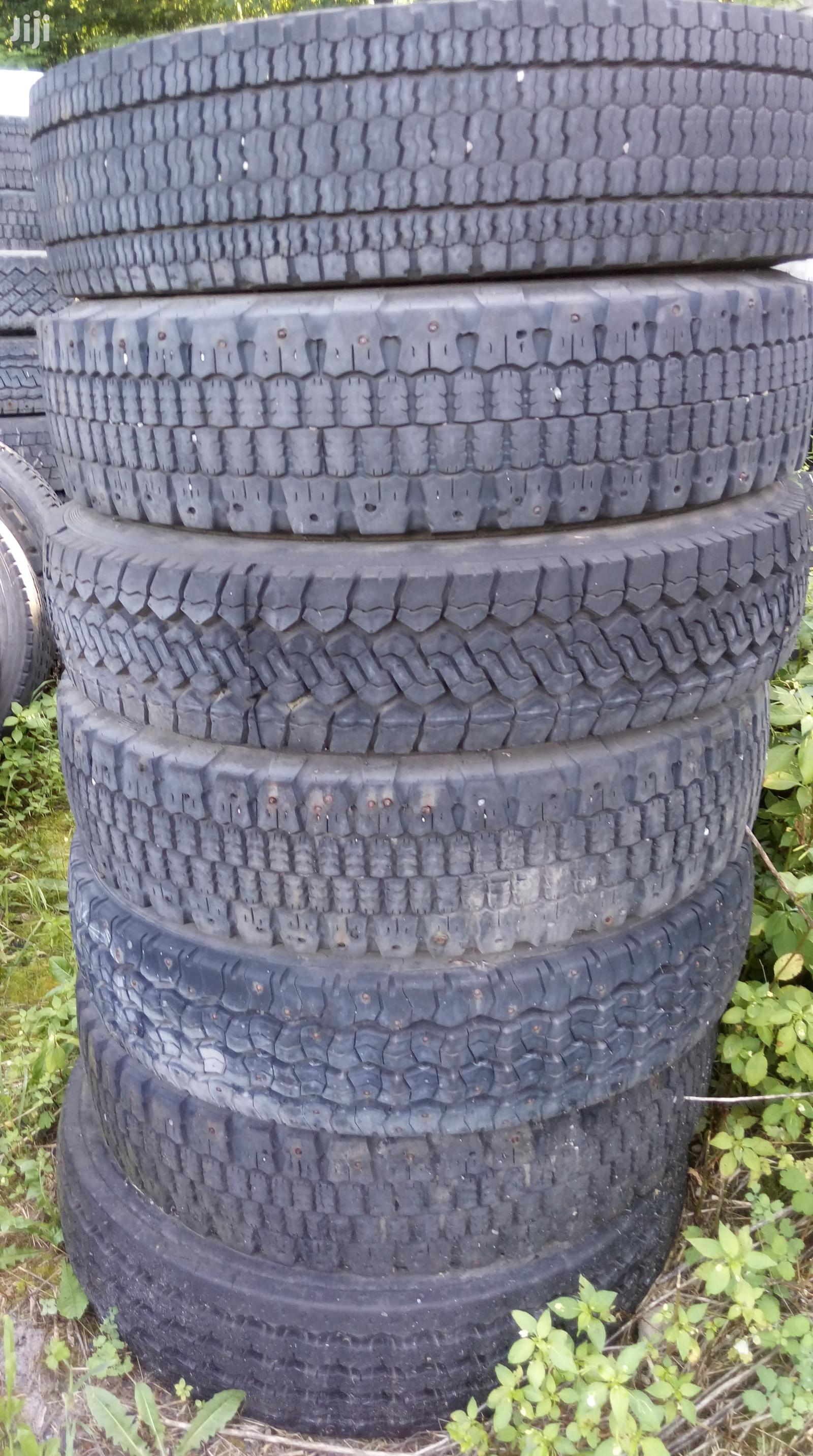 Archive: 10R22,5 ; 11R22,5 ; 12R22,5 Used Truck Tyres From Europe