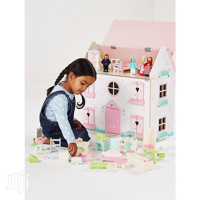 Archive: Doll House