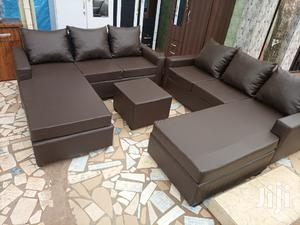 Italian Sofa Set❤🖤. Free Delivery   Furniture for sale in Greater Accra, Mataheko