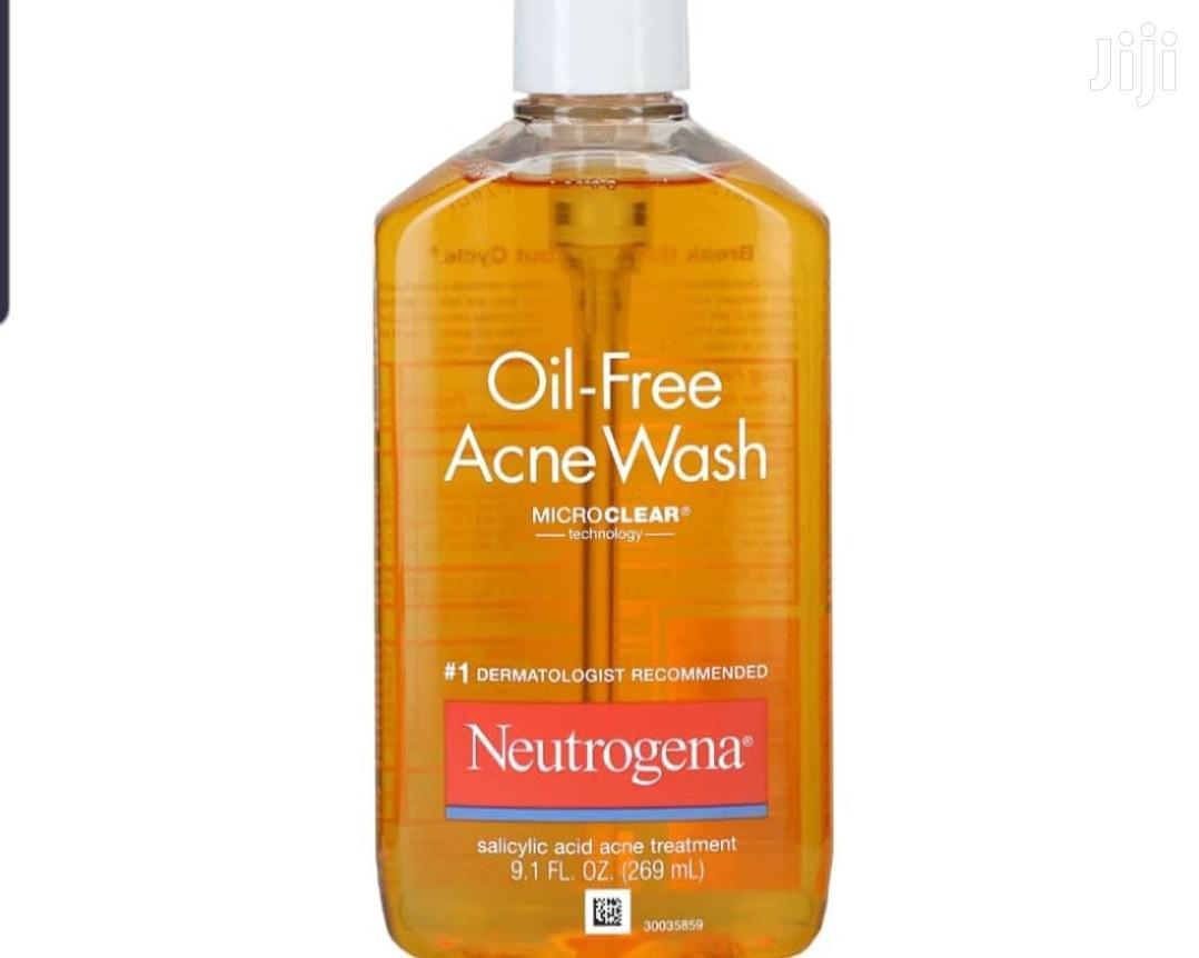 Archive: Neutrogena Oil-Free Acne Wash