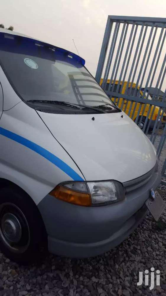 Toyota Hiace 2005 White | Buses & Microbuses for sale in Accra Metropolitan, Greater Accra, Ghana
