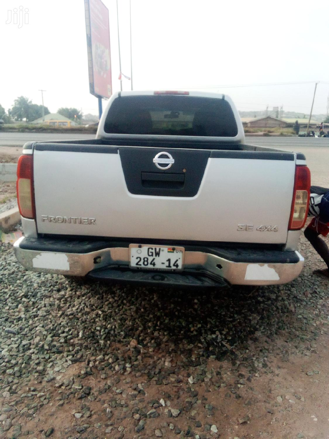 Nissan Frontier 2010 Crew Cab SE 4x4 Gray   Cars for sale in Ga South Municipal, Greater Accra, Ghana