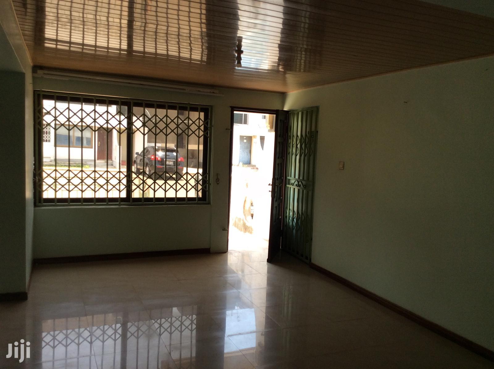 2 Bedroom SSNIT Flat, 3RD Floor 4 Sale, Sakumono C13 | Houses & Apartments For Sale for sale in Tema Metropolitan, Greater Accra, Ghana
