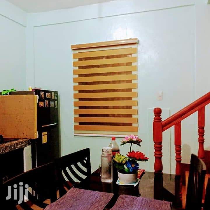Brown Window Blinds Available for Homes/Schools,Etc
