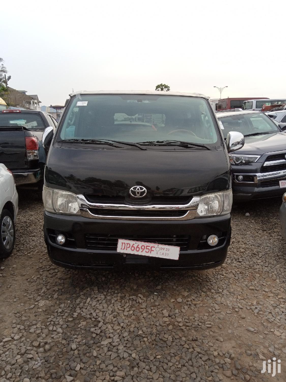 Toyota Hiace 2014 Black