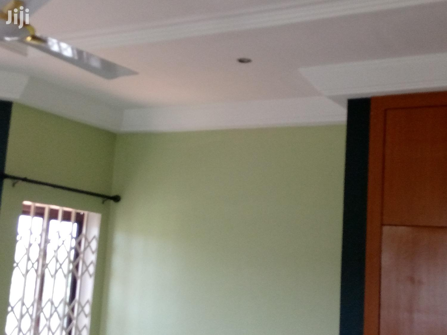 Archive: Executive Four 4 Duplex With B's Quater For Rent At Comm 25.