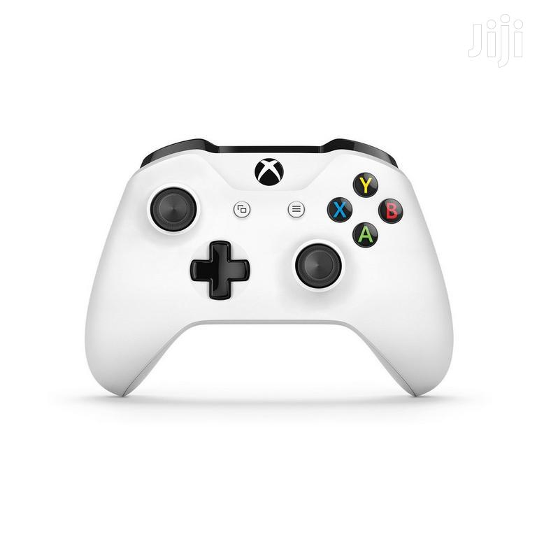 Archive: Xbox One Controller