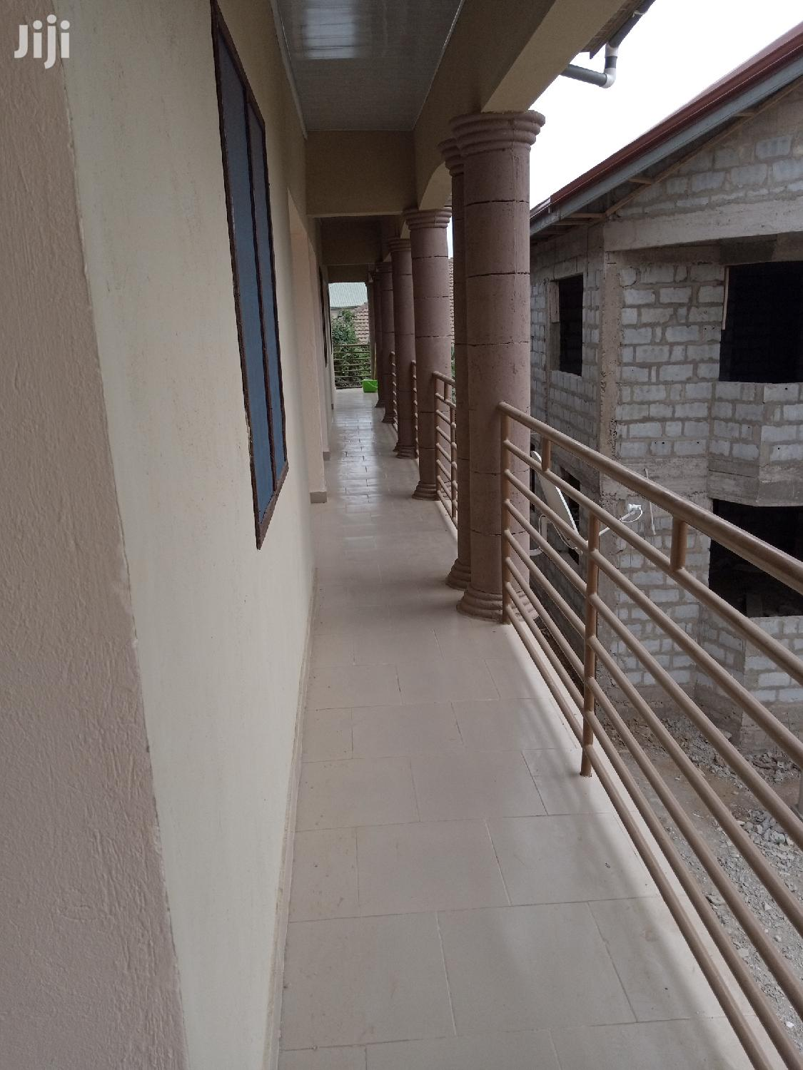 Chamber and Hall Self Contain for Rent in Ashongman
