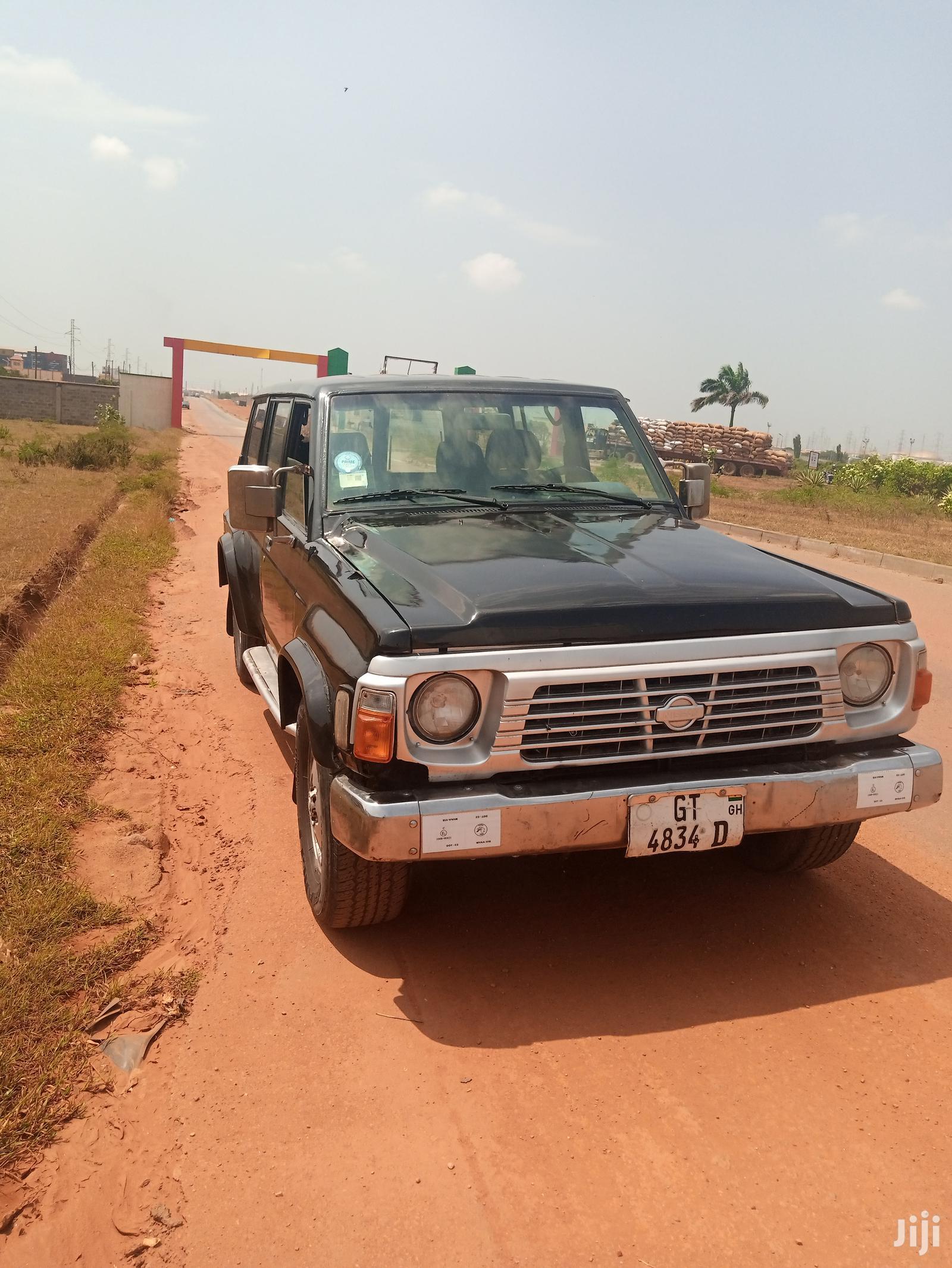 Archive: Nissan Patrol 1995 Black