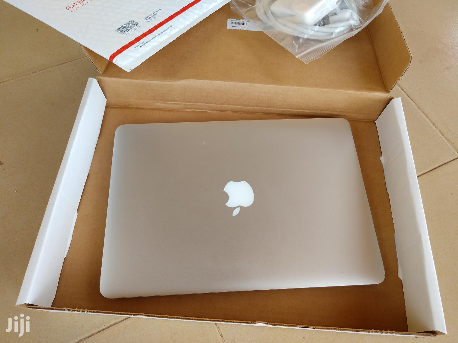 Laptop Apple MacBook Air 8GB Intel Core i5 SSD 256GB | Laptops & Computers for sale in Accra Metropolitan, Greater Accra, Ghana