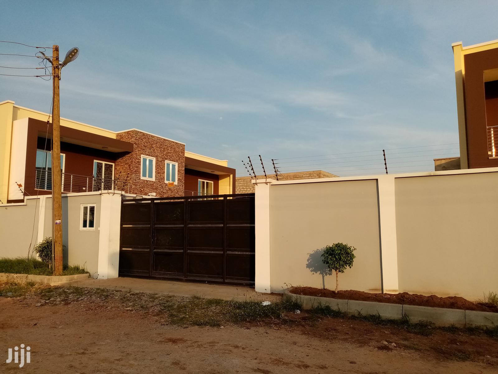 3 Bedroom Semi-Detached House With Boys Quarters for Rent   Houses & Apartments For Rent for sale in Accra Metropolitan, Greater Accra, Ghana