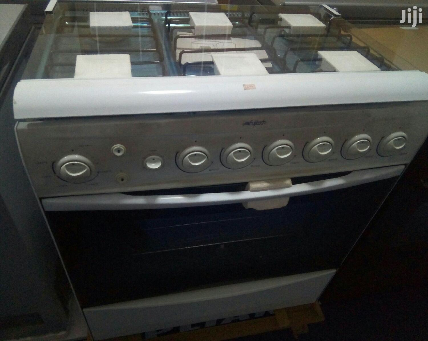 6 Burner Gas Cooker, Oven and Grill Fujitech