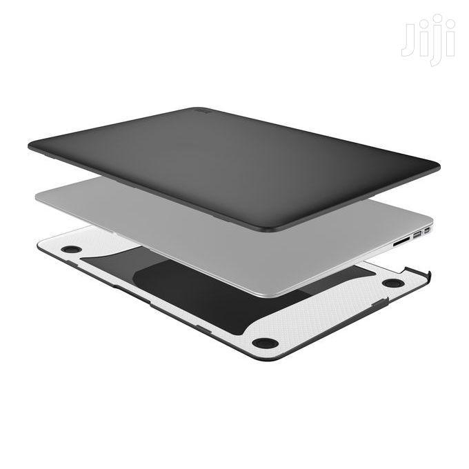 "Tech21 Impact Snap Case For Macbook Pro Retina – 13"" Black"