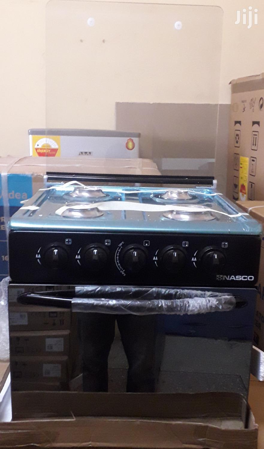Nasco 4 Burners Table Gas Stove With Oven, Black Mirror.
