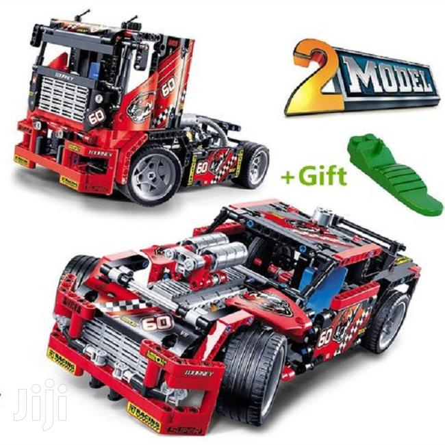 608 Pieces Race Truck Car 2 In 1 Transformable Model Buildin