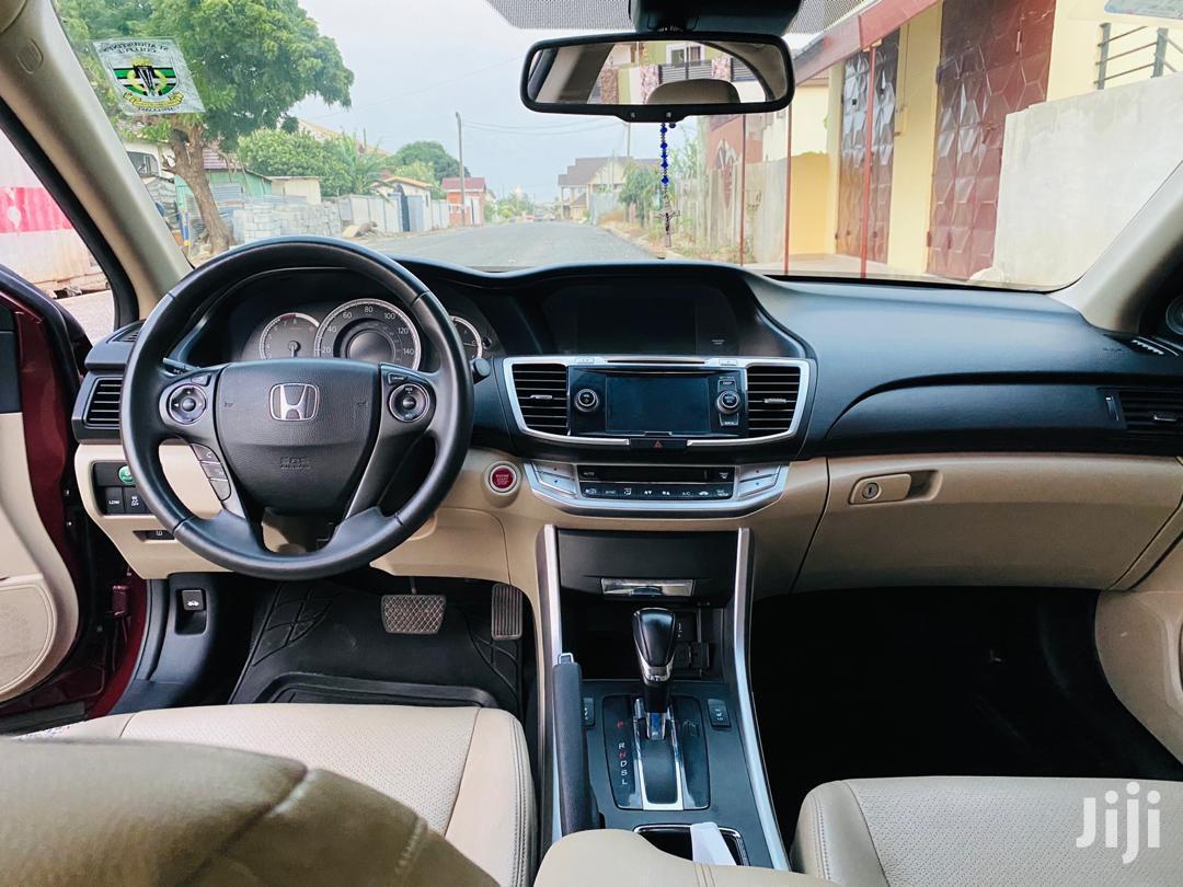 Archive: Honda Accord 2014 Beige