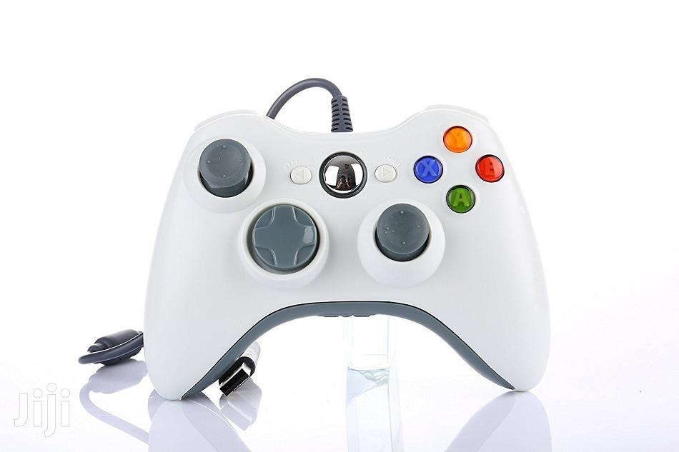 Xbox 360 USB Wired Controller – White