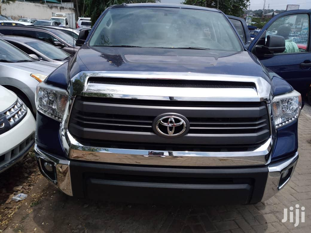 Toyota Tundra 2015 Blue