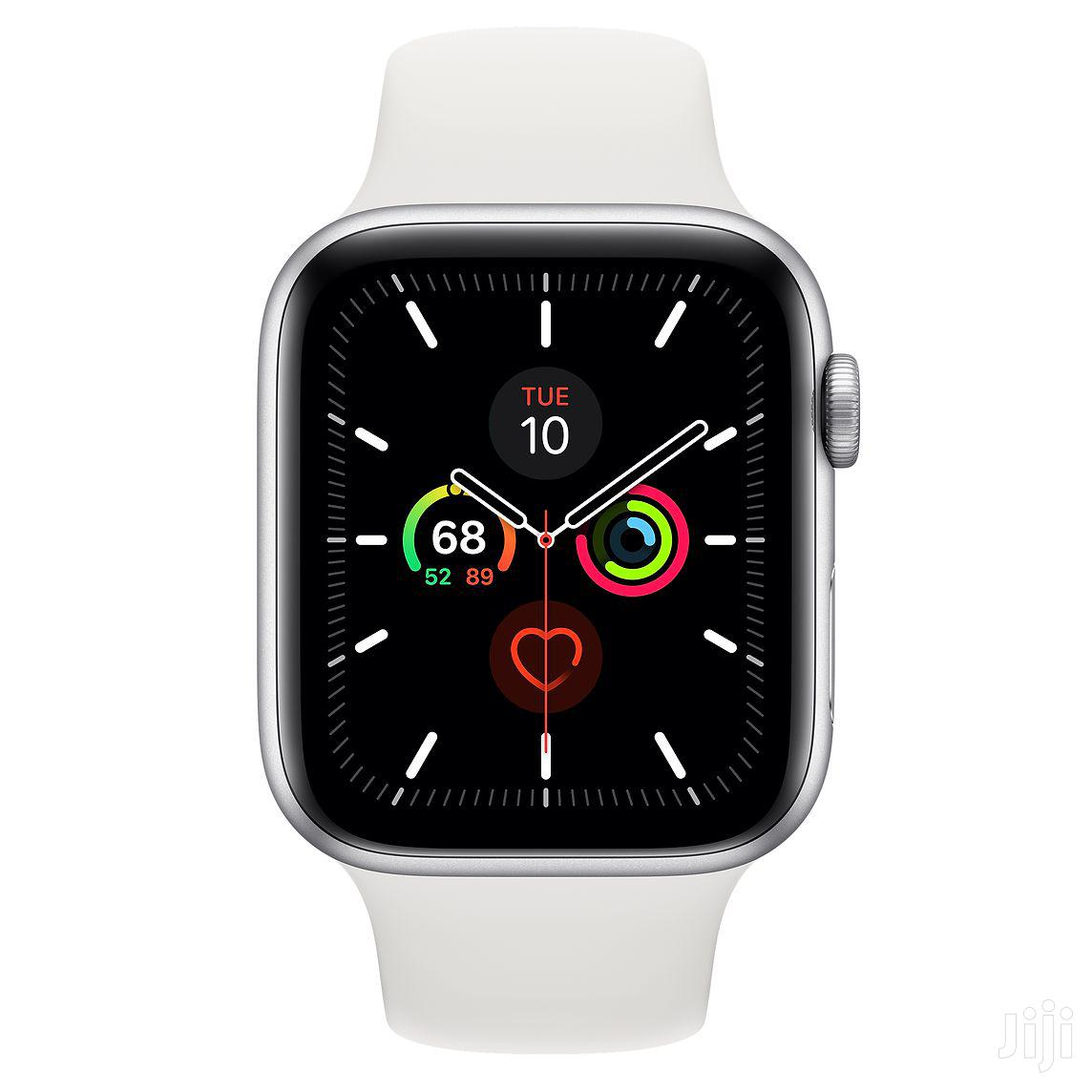 Archive: Apple Watch Series 5 (44mm - GPS + Cellular)
