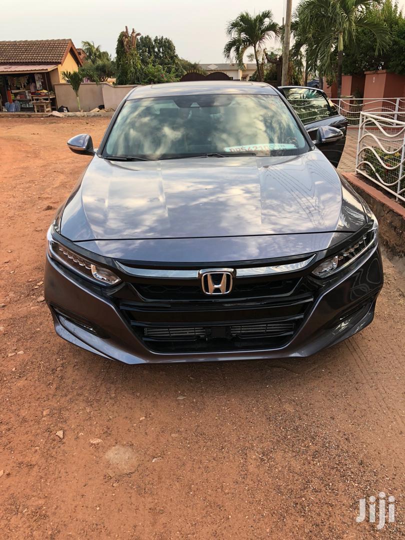 Archive: Honda Accord 2019 Gray