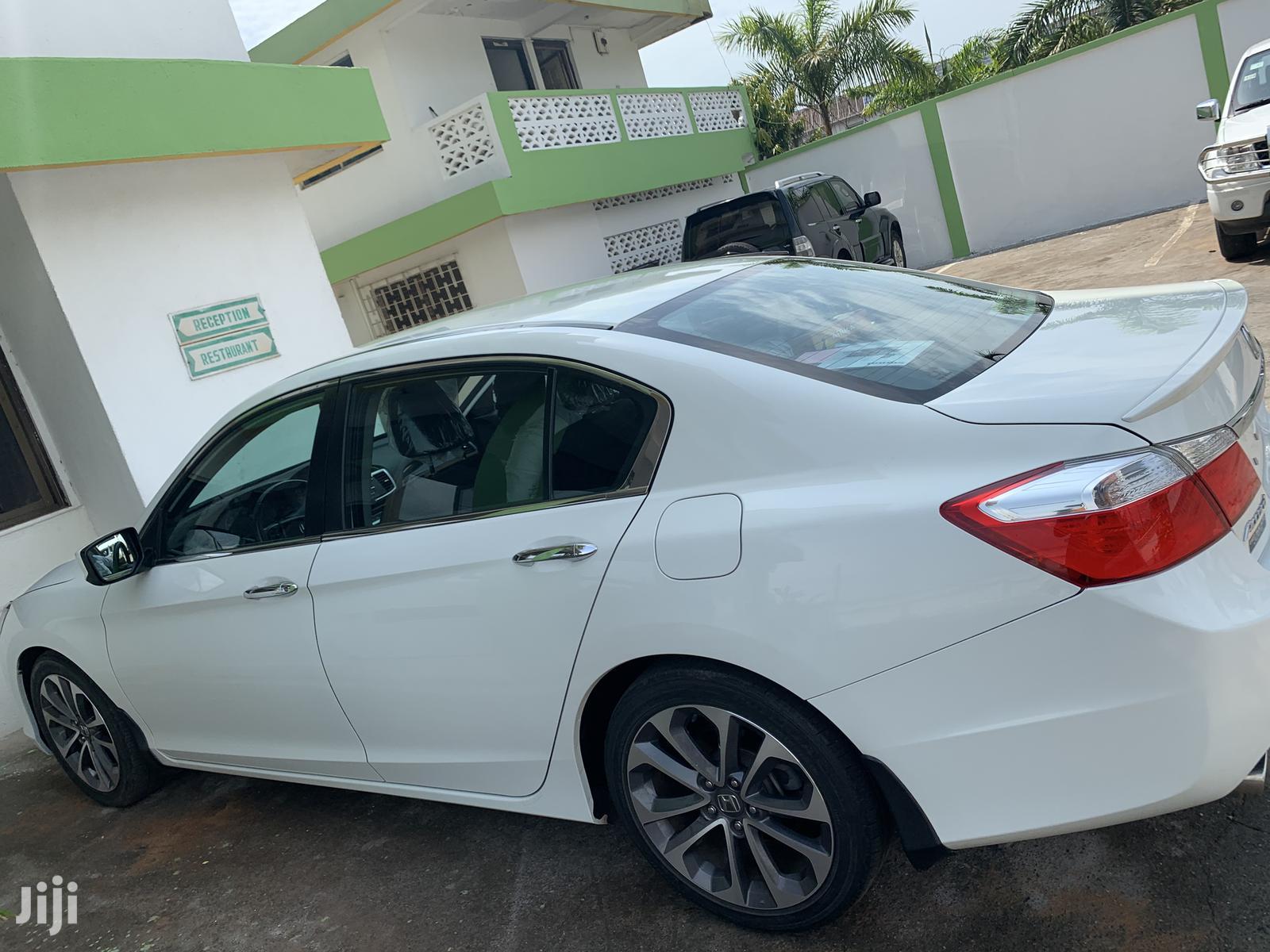 Honda Accord 2015 White