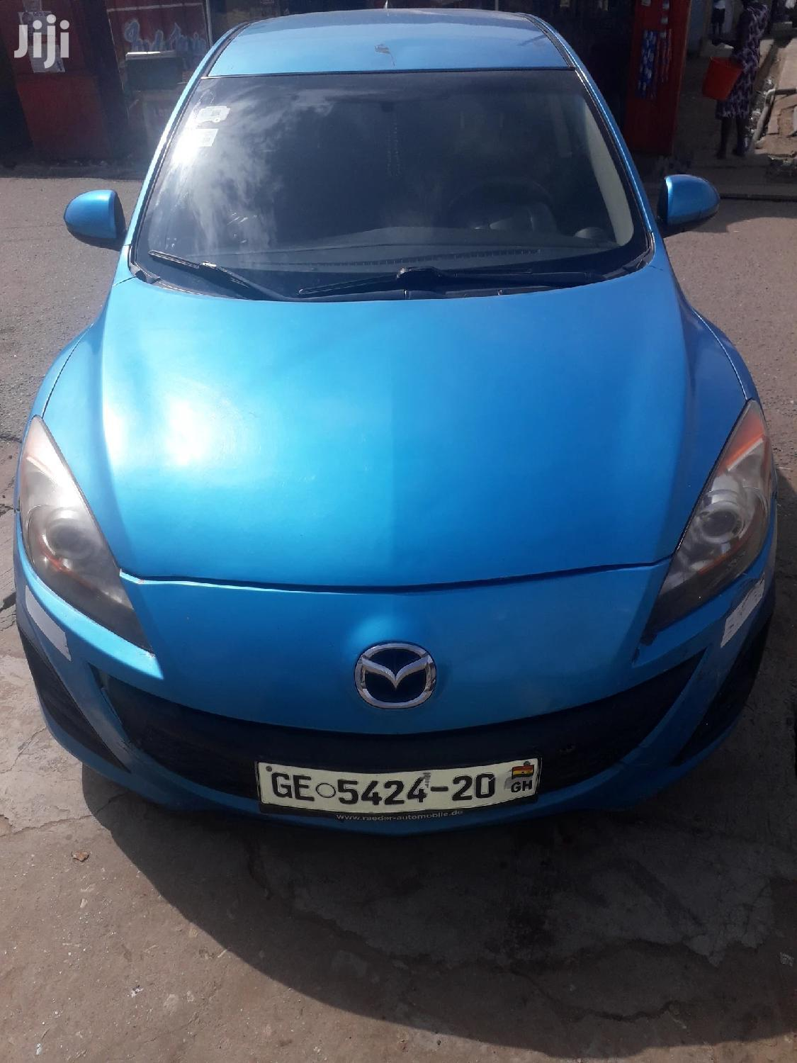 Archive: Mazda 3 2011 2.0 i Touring Blue