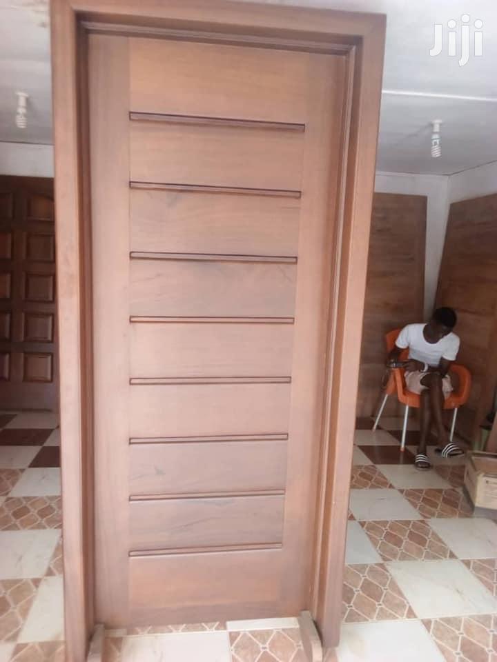 Door ( Warnut)