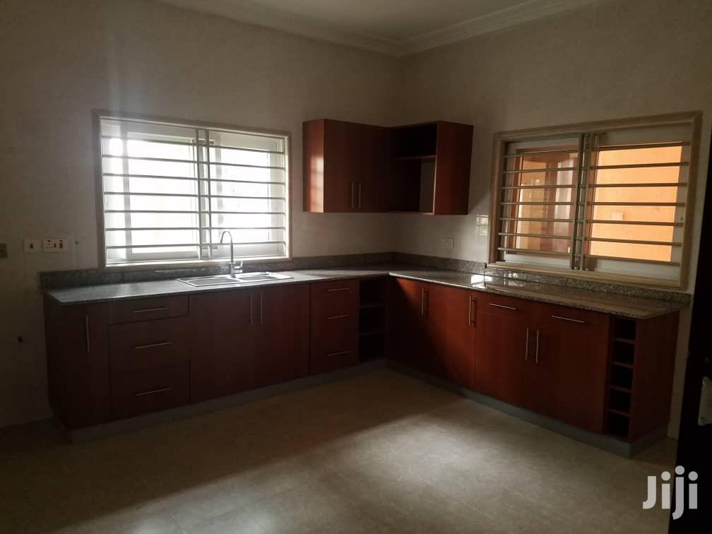 Executive 4 Bedroom House For Sale In Closed To Gimpa | Houses & Apartments For Sale for sale in Dzorwulu, Greater Accra, Ghana