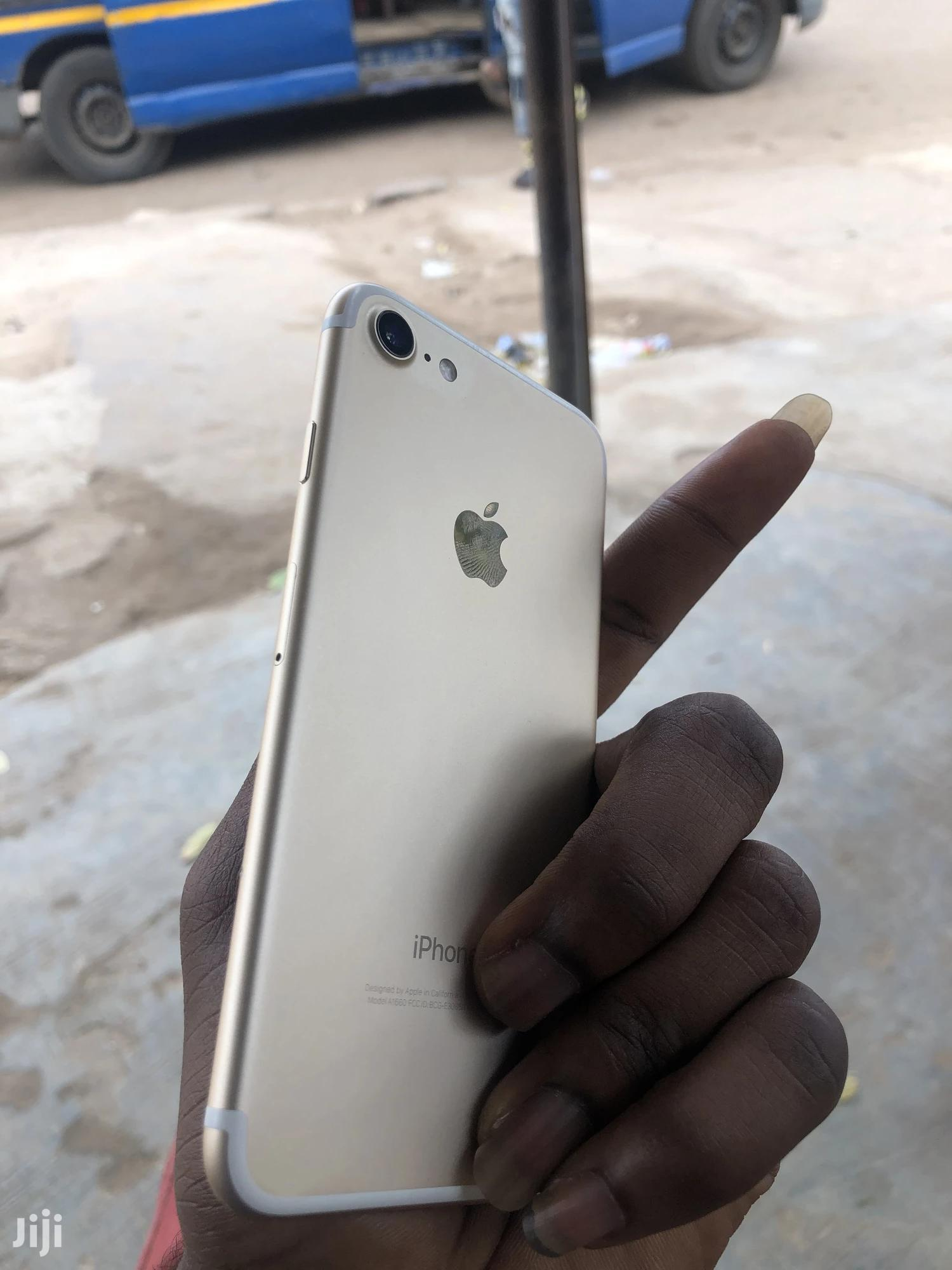 Apple iPhone 7 32 GB Gold   Mobile Phones for sale in Achimota, Greater Accra, Ghana