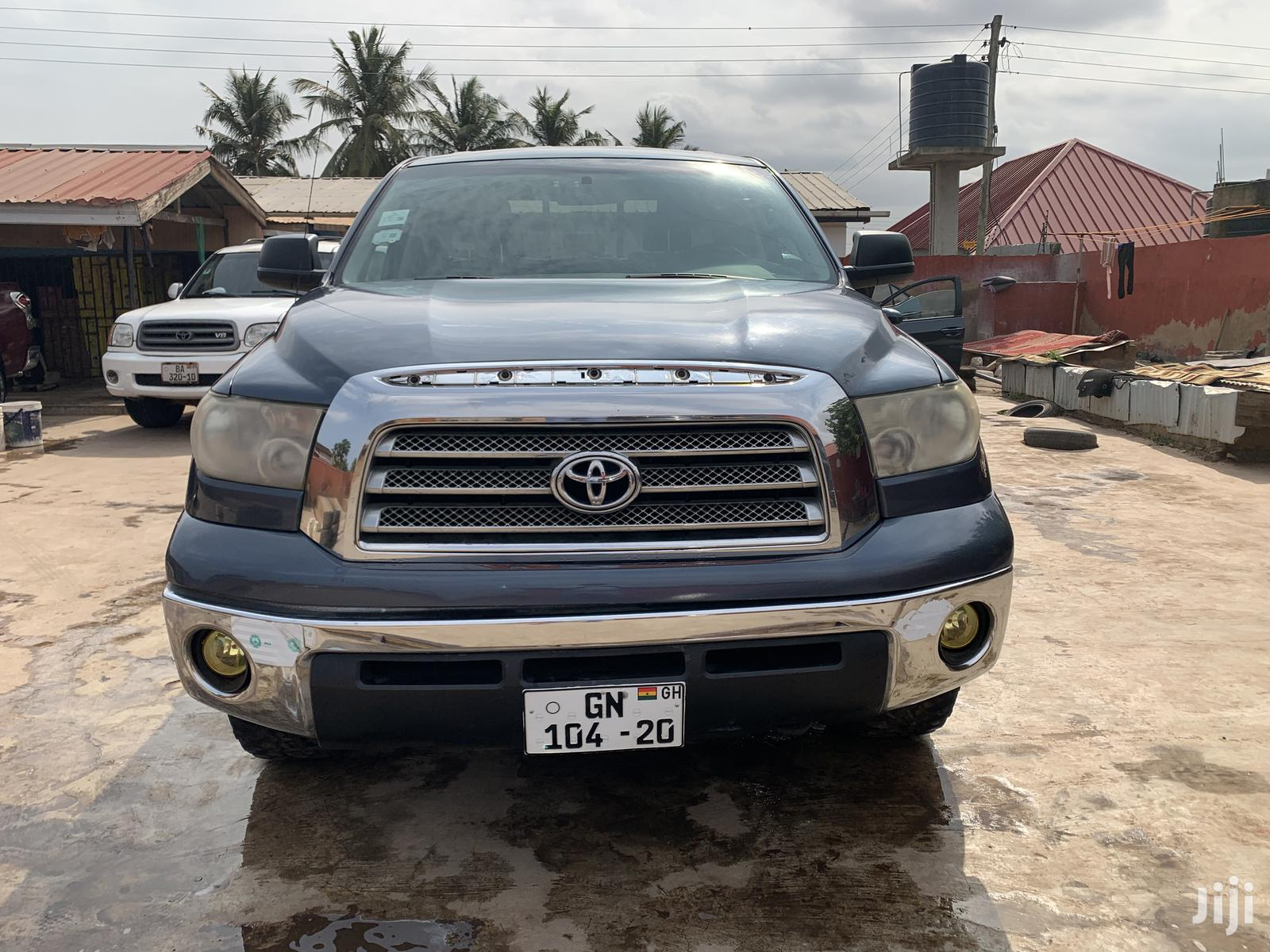 Archive: Toyota Tundra Double Cab 2008 Gray