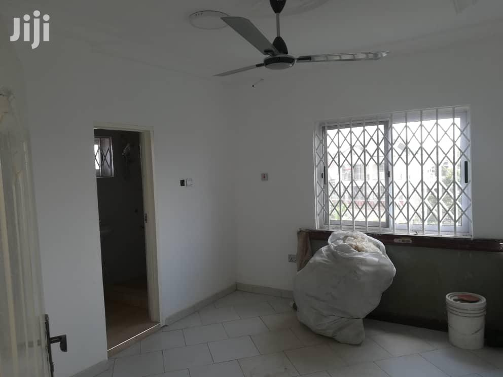 Archive: Executive 3 Bedrooms Apartment Newly Built at East Legon