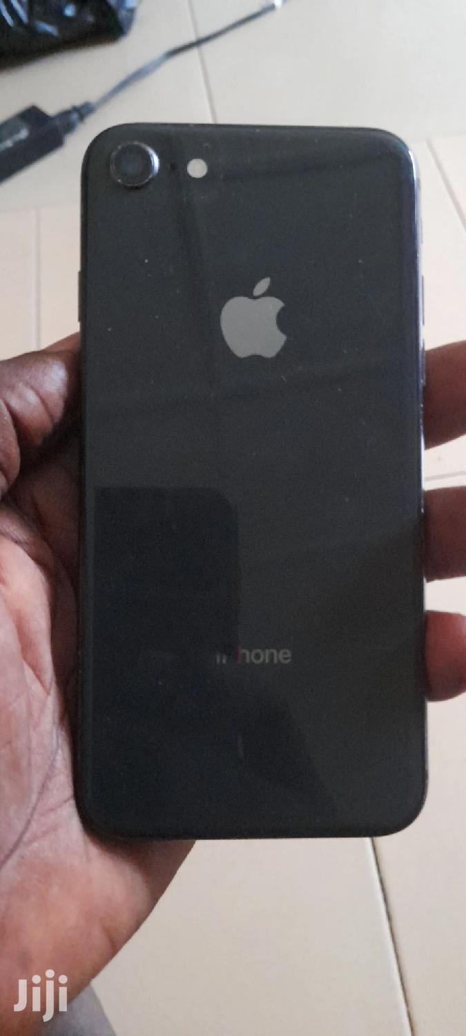 Apple iPhone 8 256 GB Gray