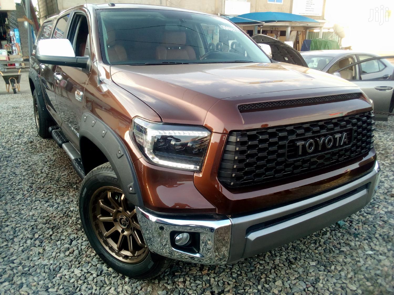 Toyota Tundra 2016 Brown
