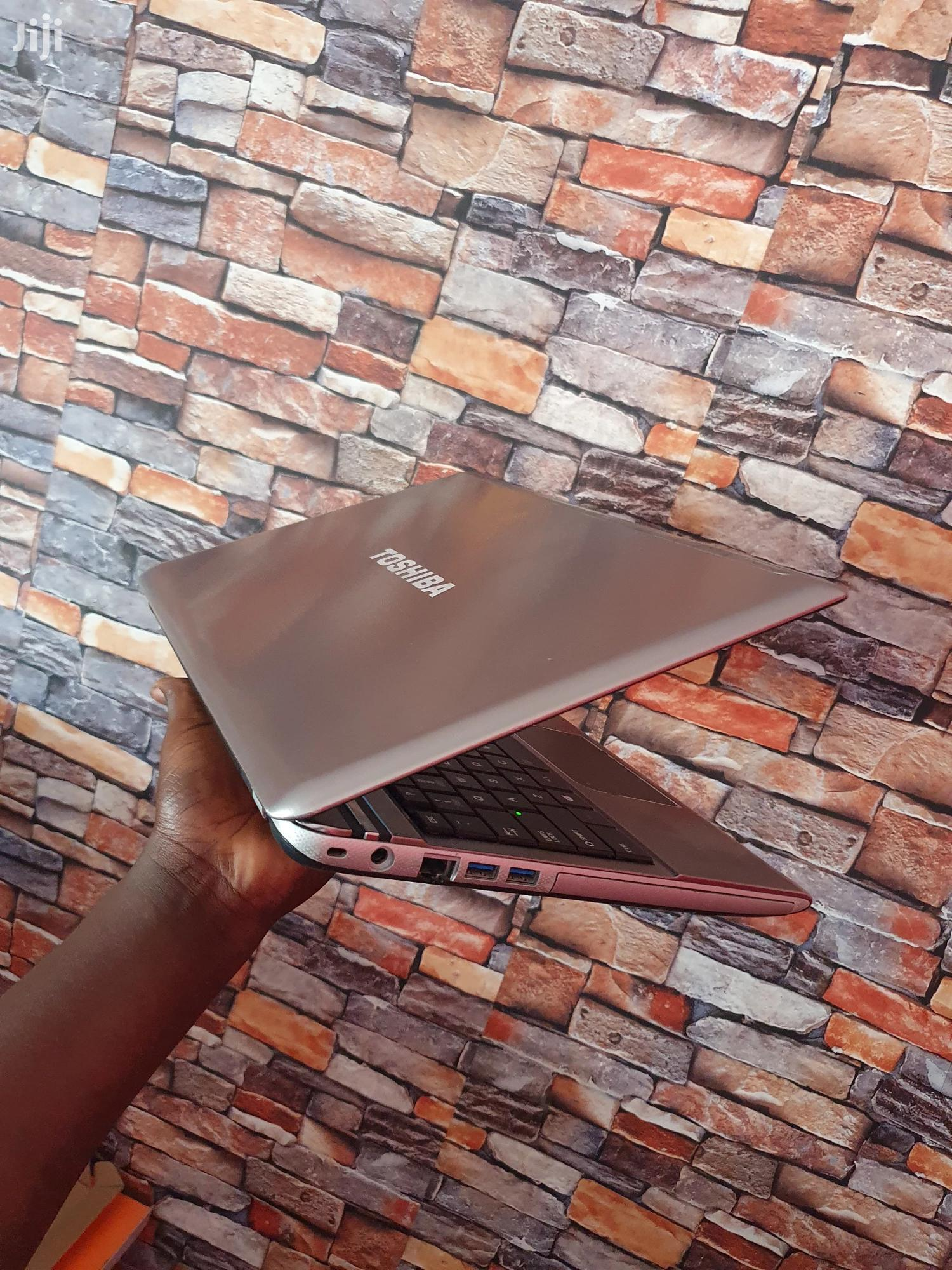 Archive: Laptop Toshiba 8GB Intel Core I5 HDD 500GB